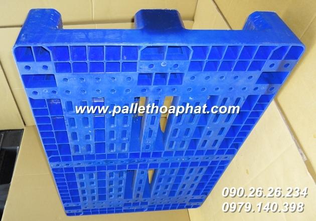 pallet-nhua-80x-120x-16mm-xanh-03