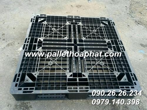 pallet-nhua-den-1100x1100x150mm