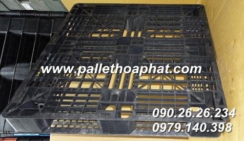 pallet-nhua-ma-den-1000x1000x120mm-01