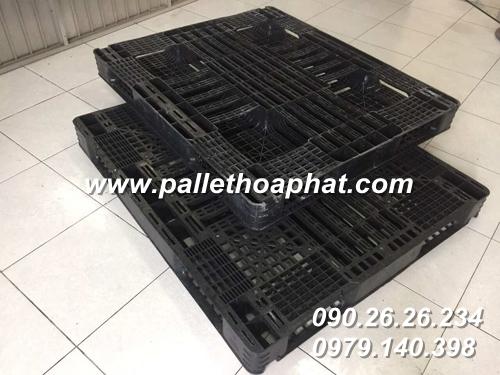 pallet-nhua-mau-den-1100x1300x120mm-2
