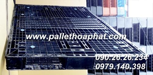 pallet-nhua-mau-den-1100x1400x100mm-02