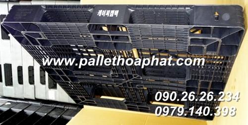 pallet-nhua-mau-den-1150x1150x120mm-03