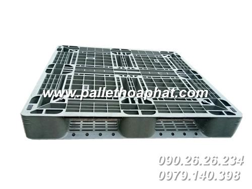 pallet-nhua-mau-xam-1100x1100x140mm-01