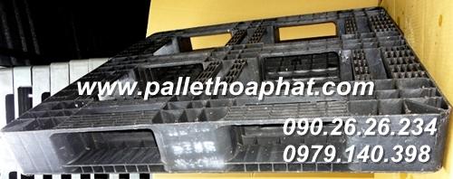 pallet-nhua-mau-xam-1100x1100x150mm-02