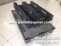 pallet-nhua-mau-xam-cua-nga-800x1200x150mm