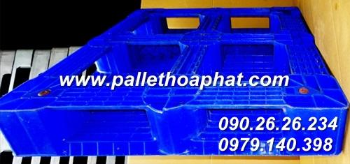 pallet-nhua-mau-xanh-1100x1100x150mm-02