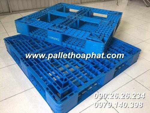 pallet-nhua-mau-xanh-1100x1100x150mm-2