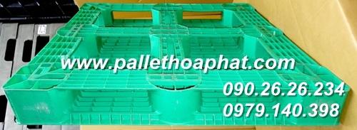 pallet-nhua-mau-xanh-la-1100x1100x150mm-02